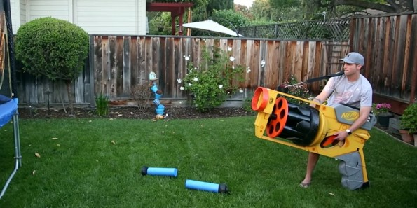 This guy has built the world's largest Nerf gun - Hip Daily